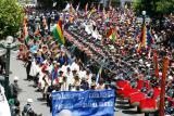desfile civico militar en plaza murillo