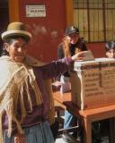 referendum mujer votando